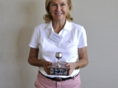 Sandi Anderson Mentone Winner of the 2015 AGM Trophy with a score of 35 pts.